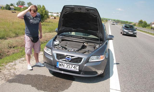 Przegrzany silnik: co zrobi� by unikn�� powa�nej awarii?
