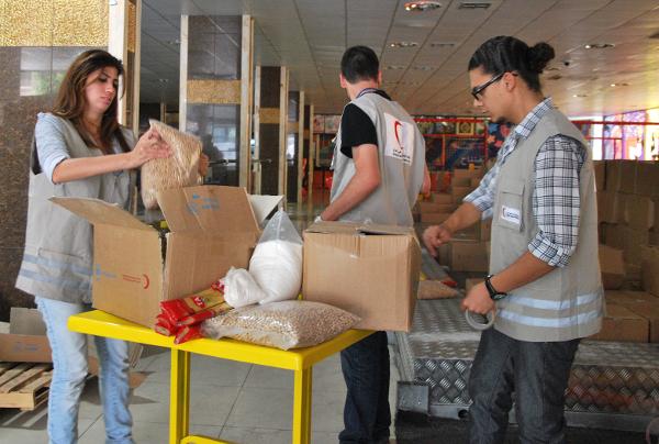 Pomoc �ywno�ciow� do Syrii dostarcza ju� Czerwony P�ksi�yc