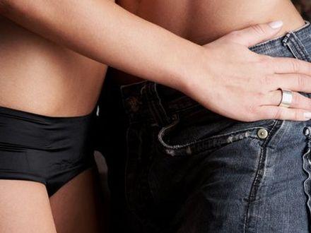 """Czy kobiety lubi� """"dawa�"""" seks oralny?"""