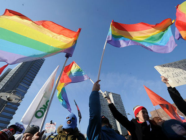 Активисты российского гей-движения обратились к властям западных стран с пр
