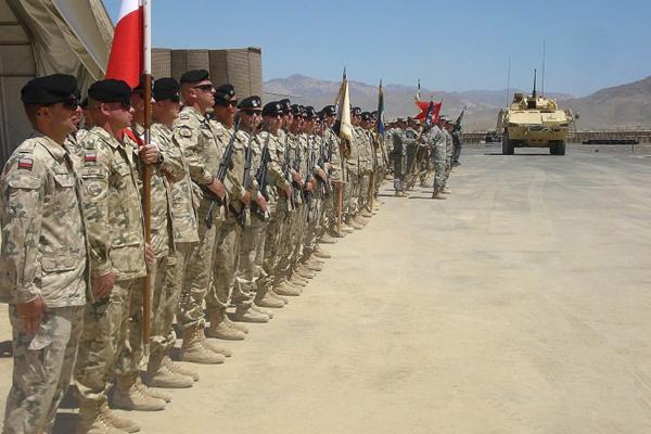 Znalezione obrazy dla zapytania polscy żołnierze w afganistanie