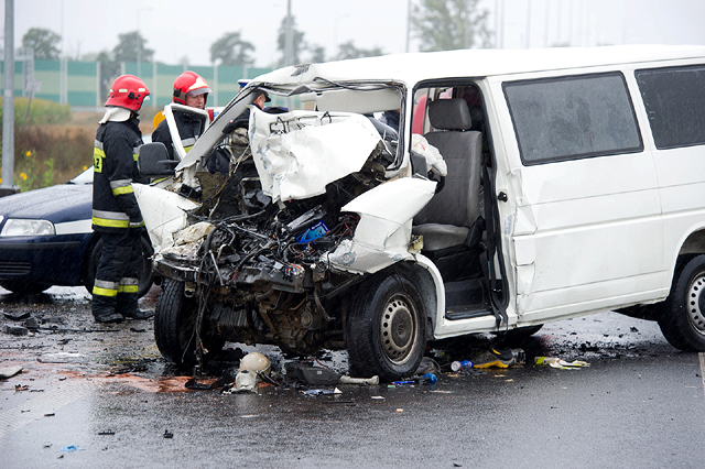 Tragiczny wypadek busa w ��dzkiem - zdj�cia