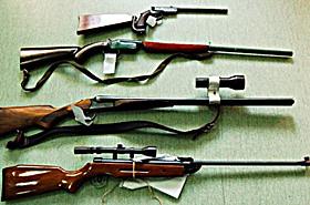 Mocne uderzenie CBŚ w handlarzy bronią