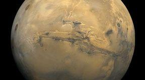 Marsjański wielki kanion