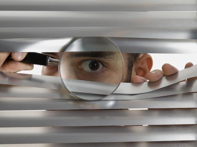 Koniec prywatności! Dekodery będą nas podglądać i podsłuchiwać