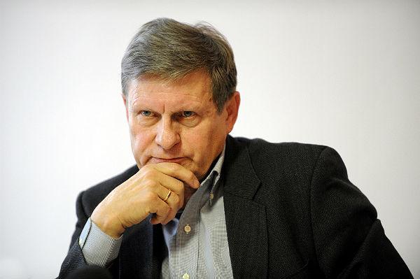 http://i.wp.pl/a/f/jpeg/30317/pap_leszek_balcerowicz_600.jpeg