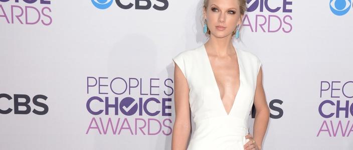 Taylor Swift w kolczykach za 12 tysi�cy dolar�w!