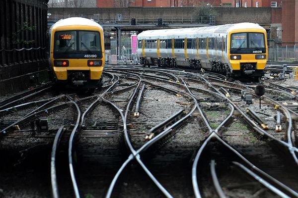 Dworzec Victoria Station w Londynie