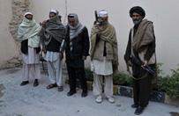 """Sojusz Rosji i talib�w przeciwko Pa�stwu Islamskiemu? Rosyjski dyplomata w Afganistanie przyznaje, �e istniej� """"kana�y wymiany informacji"""""""