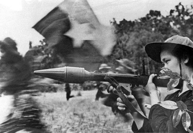 vietnam war charlie cong nicholas tomalin The mammoth book of the vietnam war (paperback) more than 40 vivid nicholas tomalin s famous the general goes zapping charlie cong robert mason s r&r.