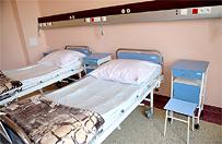 Polscy lekarze postawili na nogi sparali�owanego m�czyzn�