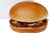 Mięsna afera - końskie mięso w skażonych burgerach pochodzi z Polski