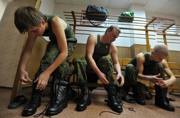 секс в воинской части фото
