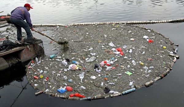 Źródła, rodzaje i skutki zanieczyszczeń wód
