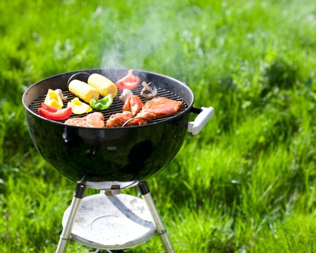 Grill ogrodowy - jak wykonać go samodzielnie