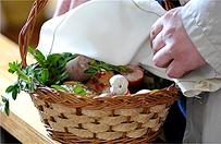 Wielka Sobota - dzie� tradycyjnego po�wi�cenia wielkanocnych pokarm�w