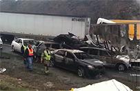 Zderzenie 75 samochodów w USA