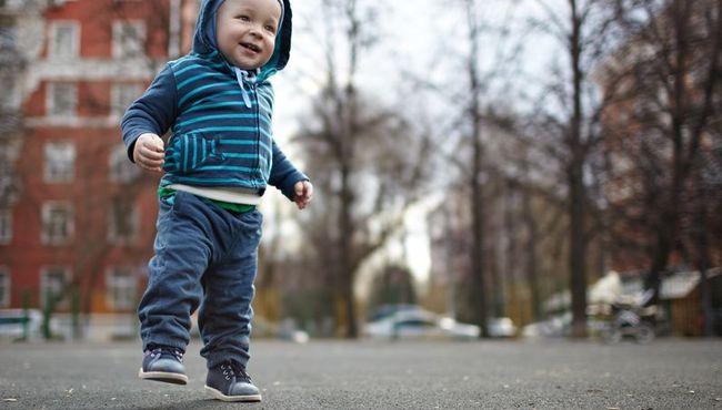 Pierwsze buty dla dziecka - jak je wybra�?