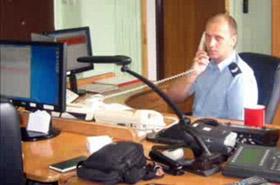 Policjant uratował 2-tygodniową dziewczynkę