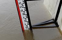 Po intensywnych opadach podtopienia i wezbrane rzeki na Dolnym �l�sku