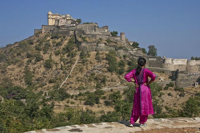 Forty na wzgórzach w Radżastanie, Indie