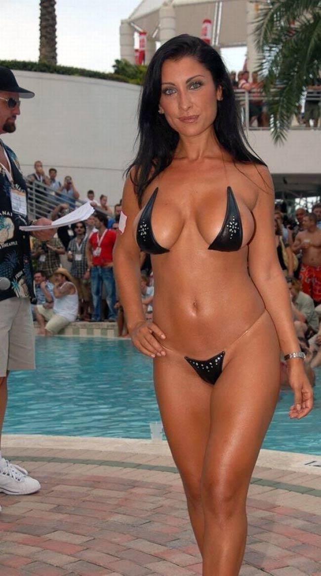 Miss 50 bikini! Dojrzałe ślicznotki!