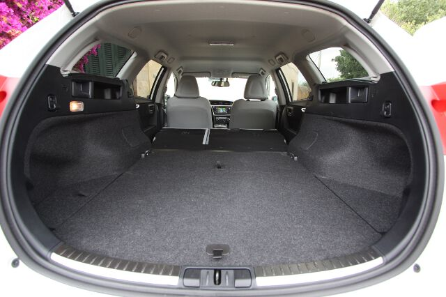 Toyota Auris Touring Sports: kompaktowe kombi