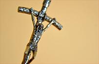 Watykan zatwierdzi� wyb�r �w. Jana Paw�a II na patrona E�ku
