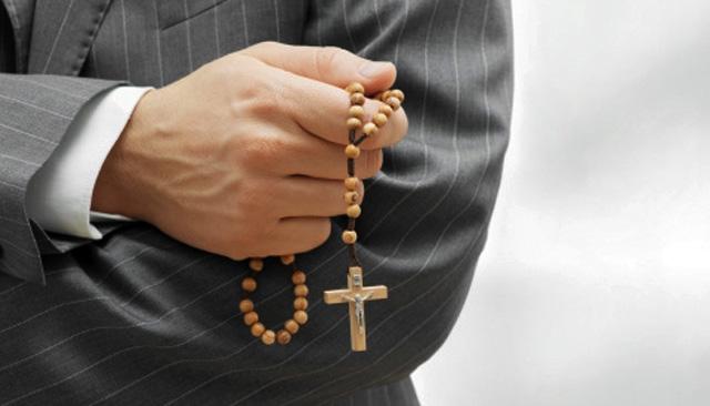 Mafia urządza spotkania w kościele. Biskup przymyka oko?