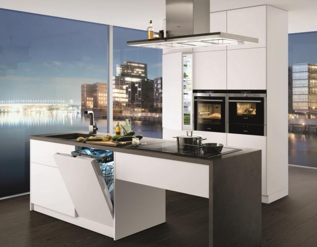 Siemens HB78GB590  piekarnik, który sam dobiera moc, czas i rodzaj grzania -> Kuchnia Mikrofalowa Do Zabudowy Siemens
