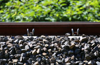 Remont tor�w kolejowych w Sosnowcu. Utrudnienia na trasie do Mys�owic