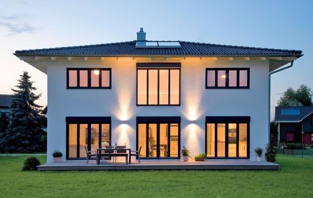Okna na elewacji ogrodowej jedno wi ksze czy kilka for Planimetrie di case di piccoli laghi
