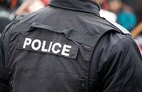 Strzelanina w centrum handlowym: policjant zabi� uzbrojonego m�czyzn�