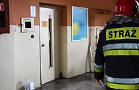 Szczecin: spad�a winda z dwoma m�czyznami w �rodku