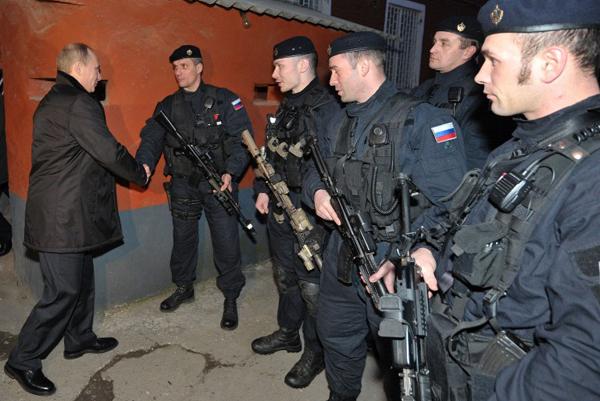 W�adimir Putin i si�y specjalne FSB