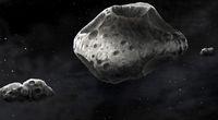 Zbadano planetoidę z dwoma księżycami
