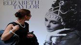 Bi�uteria Elizabeth Taylor na wystawie Bulgari