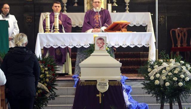 10-latek zginął na pasach. Ostatnia droga Krystiana