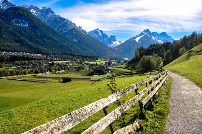 Fulpmes Austria  city photos gallery : Fulpmes, Dolina Stubai, Austria