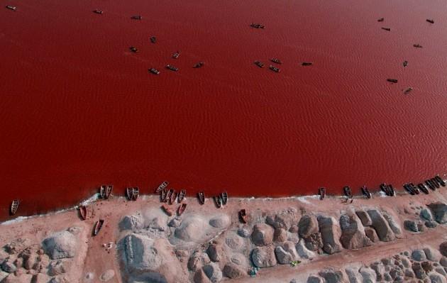 czerwone jezioro
