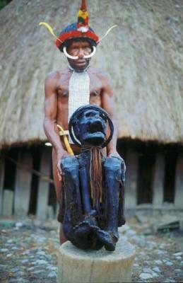 Papua, tradycja czy pornografia?
