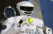 Humanoidalny robot