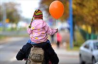 Sąd wstrzymał decyzję o odebraniu dzieci przybranemu ojcu
