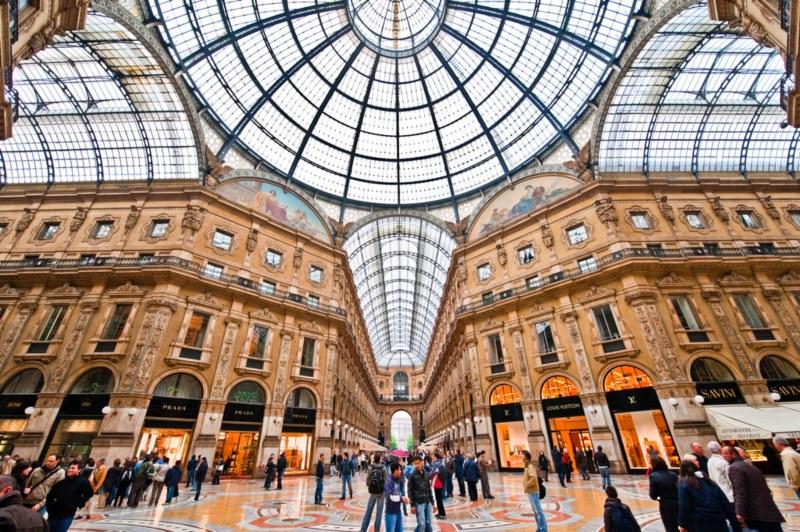 Mediolan, Włochy - komunikacja miejska