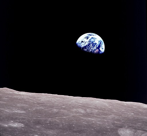 Słynni astronauci opowiadają o swoich bliskich spotkaniach trzeciego stopnia
