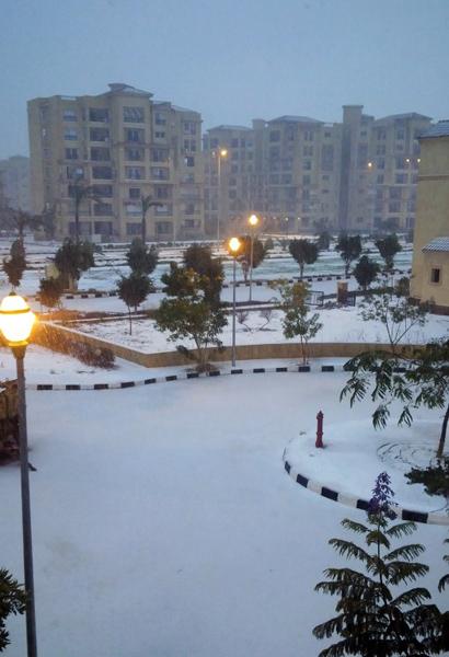 Pierwszy od 1901 roku śnieg! Mieszkańcy oniemieli