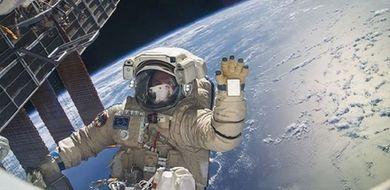Rekordowy spacer kosmiczny
