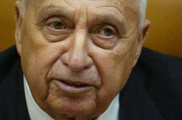 Ariel Szaron, zdj�cie z 2006 r.