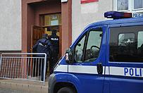 Strzelanina na komisariacie w Kutnie. Nie �yje 29-letni m�czyzna