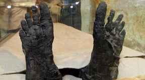 Tutanchamon - najdziwniejsza mumia